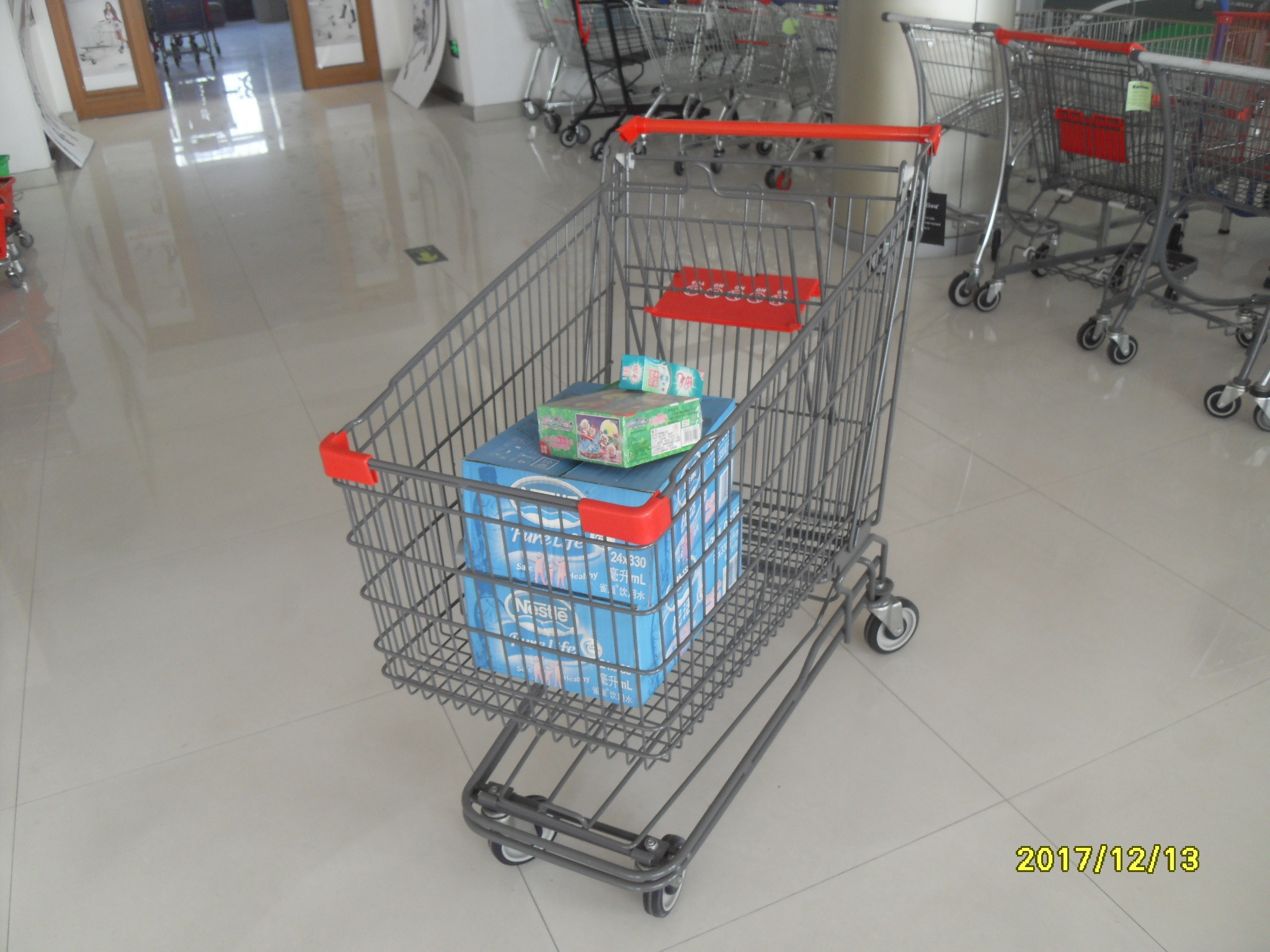 Zinc Plated 210L Asian Type Wire Shopping Trolley With Grey Powder Coating