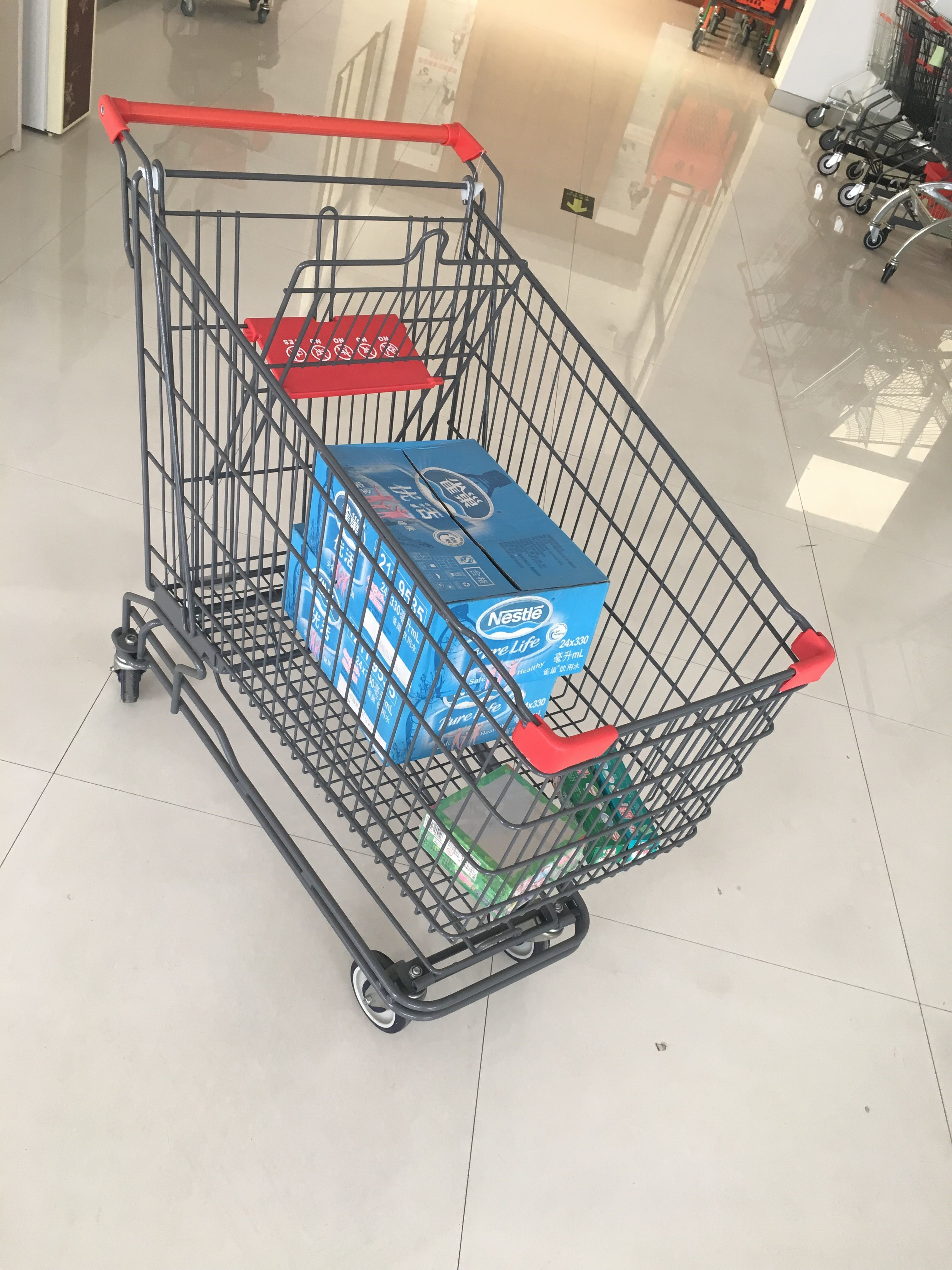 Grey Powder Coating Asian Type Wire Shopping Trolley With 4 Swivel 5 Inch Casters