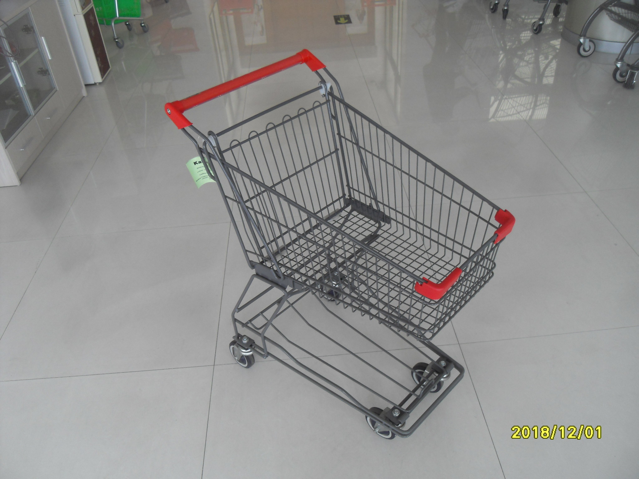 Supermarket 4 Wheel Shopping Cart With Base Grid 45L And Red Handle Bar